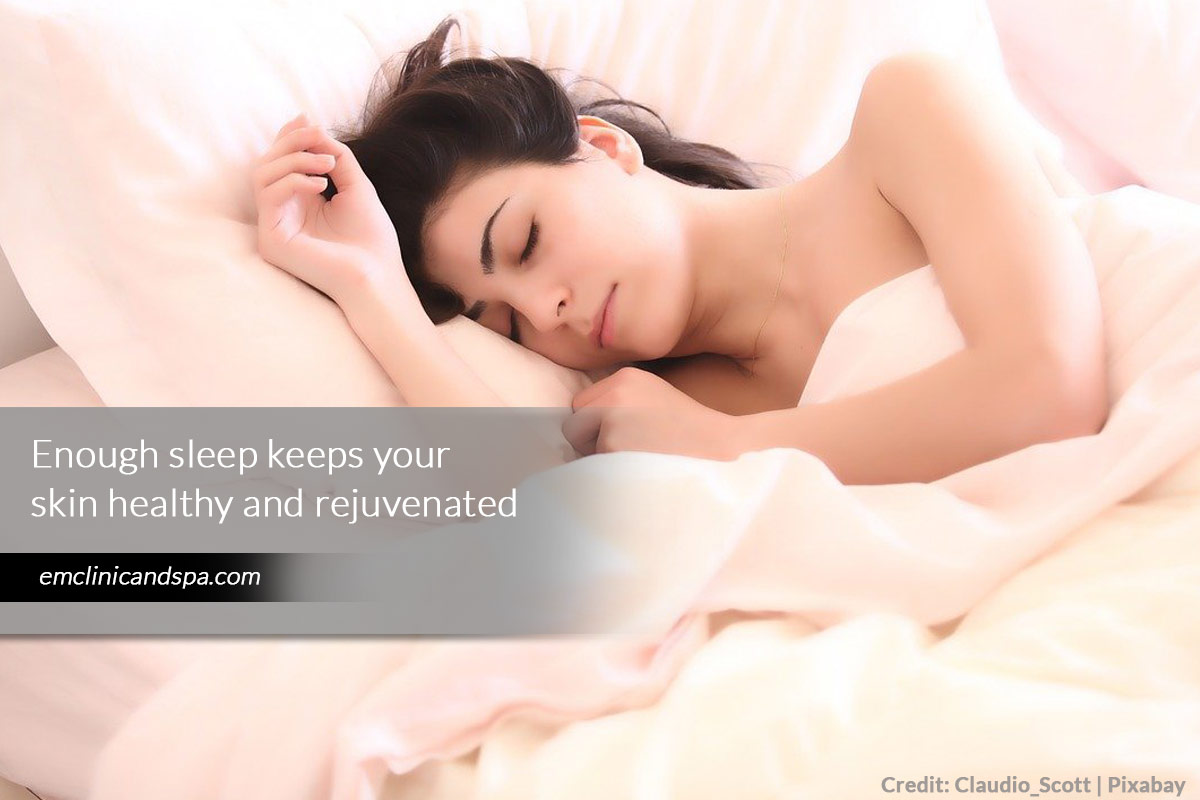 Enough sleep keeps your skin healthy and rejuvenated